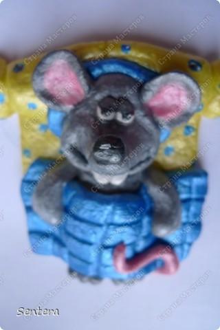 Младший брат моего мужа  коллекционирует крысок! Вот решила на 23 февраля сделать ему такой подарок! Брата зовут Юра и он очень любит поспать:))) фото 3