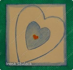 Наши с Настей валентинки. Скачала в интернете раскраску, разрезала на сердечки и дала Насте. Она увидела валентинки моих малышей и решила делать только такие. фото 22
