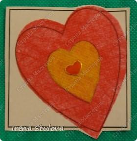 Наши с Настей валентинки. Скачала в интернете раскраску, разрезала на сердечки и дала Насте. Она увидела валентинки моих малышей и решила делать только такие. фото 15