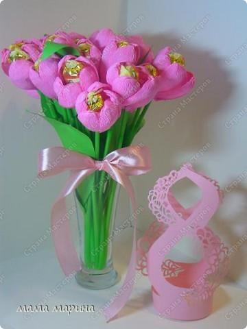 скоро 8 марта сделала букетик тюльпанов  фото 1