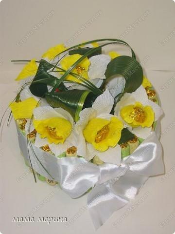 скоро 8 марта сделала букетик тюльпанов  фото 3