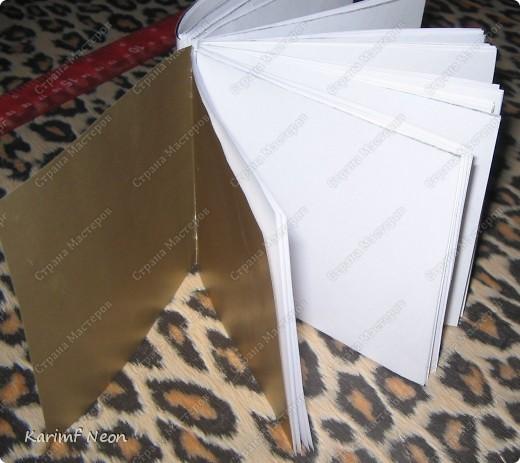 Такой переплёт книг мы делали ещё в школе.  Я постоянно делаю такие блокноты.  Кстати, бумагу можно использовать и самодельную. фото 12