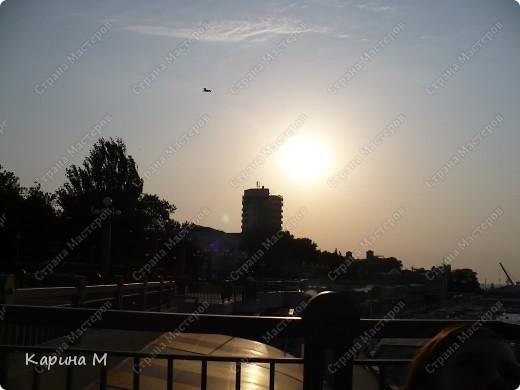 Анапа. Вид на городской пляж с набережной фото 11