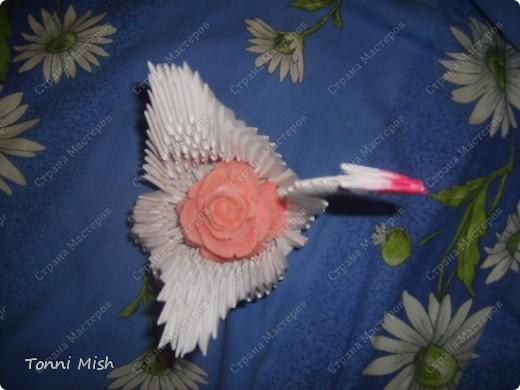 Это лебедь внутри которого роза, сделаная из холодного фарфора фото 1