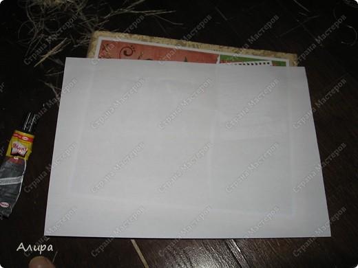 Родителям в подарок на 23 февраля и 8 марта решила сделать фотоальбом хенд-мейд. Спасибо вдохновительнице frikadella и ее МК http://stranamasterov.ru/node/139301. Хотя в процессе все поменялось, но вдохновение дорогого стоит! Для изготовления такого альбома нам понадобится: папка ПВХ 5 см (папка-регистратор) и ткань для ее обтяжки. Папку можно сделать самим из плотного картона в виде обложки, и скрепить атласной лентой, как в вышеназванном МК, но готовая папка для меня – это быстрее и аккуратнее. фото 17