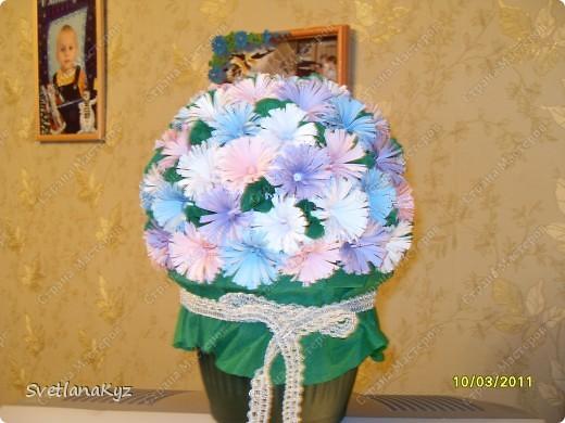 Давно хотела стелать такой цветочный шар. И вот что у меня получилось. фото 3