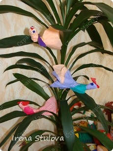 Насмотревшись http://stranamasterov.ru/node/160265 и попробовав сделать http://stranamasterov.ru/node/160827 птичек из салфеток по МК Татьяны Имполитовой, решила сделать их со своими малышами. :):):) фото 15