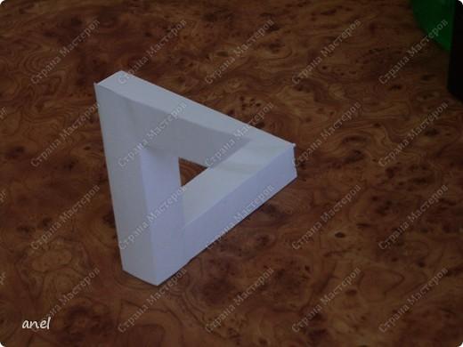 Извиняюсь за не аккуратную склейку,но действительно интересная  интерпретация треугольника фото 1