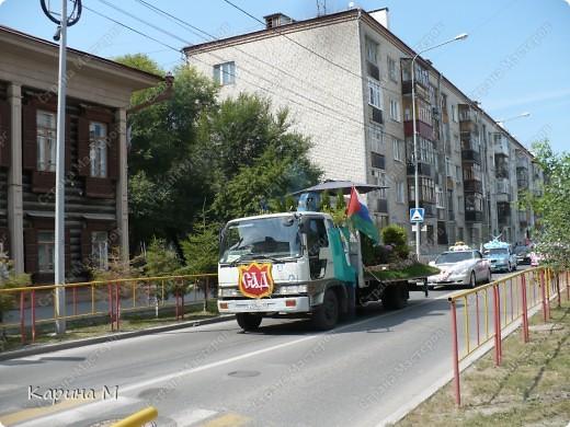 Случайно по дороге увидела пробег разных ретро авто и украшенных  автомобилей. фото 6