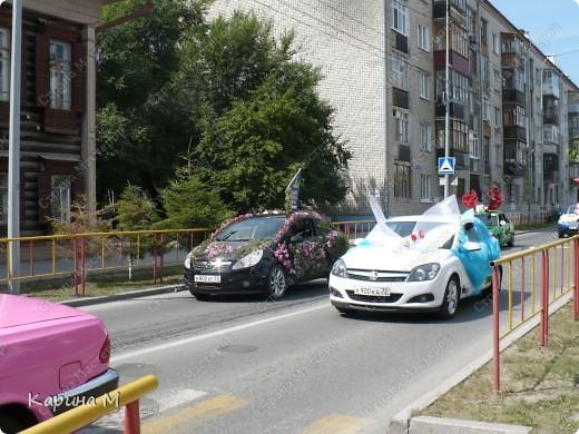 Случайно по дороге увидела пробег разных ретро авто и украшенных  автомобилей. фото 9