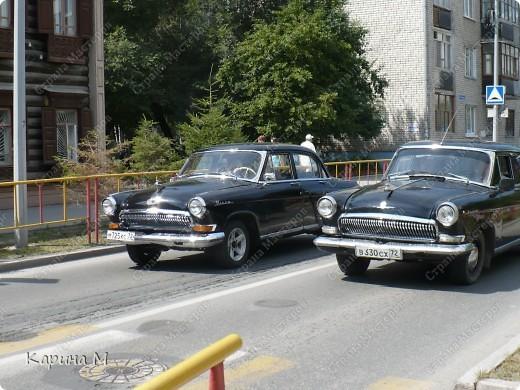 Случайно по дороге увидела пробег разных ретро авто и украшенных  автомобилей. фото 16