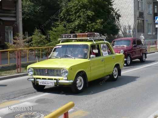 Случайно по дороге увидела пробег разных ретро авто и украшенных  автомобилей. фото 17
