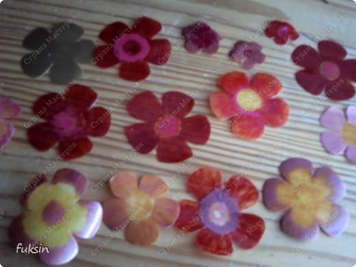 Пришла весна,на деревьях расцвели цветы ... из пластика фото 5