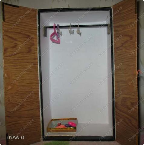 Вот такой у нас получился шкаф для кукол. Шкаф при закрытых дверях. фото 2