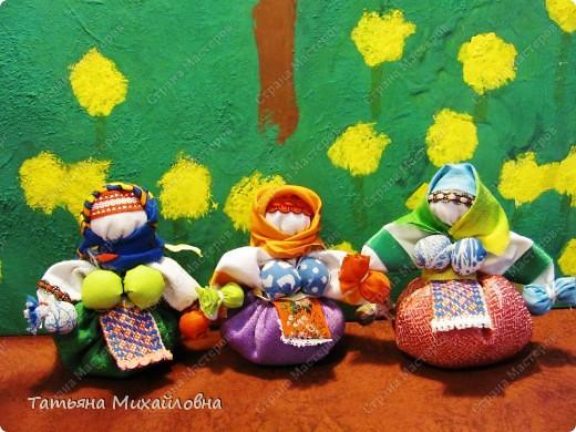 Мои куколки редко появляются по одной. Удобнее подбирать материал сразу для нескольких. фото 1