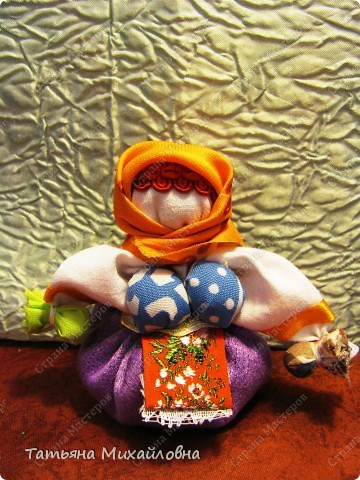Мои куколки редко появляются по одной. Удобнее подбирать материал сразу для нескольких. фото 3