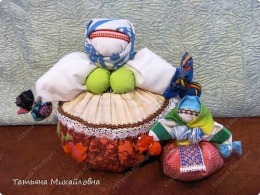 Мои куколки редко появляются по одной. Удобнее подбирать материал сразу для нескольких. фото 5