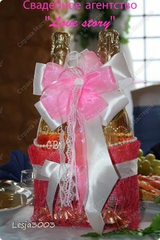 Свадебный набор: Подушечка для колец, украшение на свадебные бокалы и шампанское! На заднем плане букет невесты в моем исполнении! фото 3
