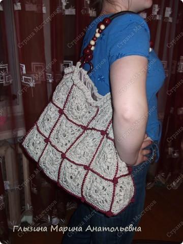 Вязанием увлекаюсь давно, а сумочку связала впервые фото 6