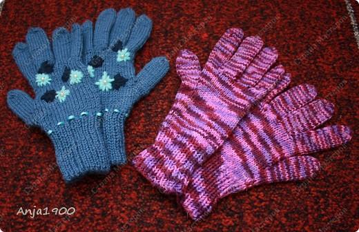 Хочу предложить вам идеи вязаных  перчаток! Времени у меня уходит - 2 вечера на 1 перчатку (не торопясь, отвлекаясь) фото 1