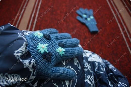 Хочу предложить вам идеи вязаных  перчаток! Времени у меня уходит - 2 вечера на 1 перчатку (не торопясь, отвлекаясь) фото 2