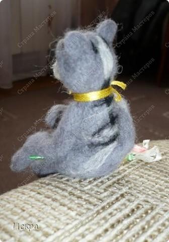 это моё второе произведение по валянию из шерсти, первым был мишка, фотографии к сожалению не сохранились. фото 4