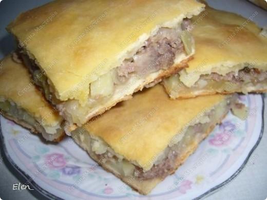 Пирог с мясом (фаршем) и картофелем фото 1