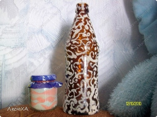 первая моя солёная баночка, и первая манная бутылка. фото 1