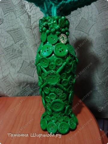 Вазочка своими руками из бутылки и пуговиц