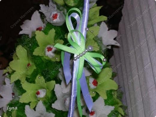 "корзинка с лилиями,в нутри конфеты ""Рококо"" фото 5"