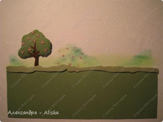 Продолжаем нашу работу. Приступаем к сборке, сначала отдельных элементов: домика, дерева, птицы, а потом и самой картины.  фото 12