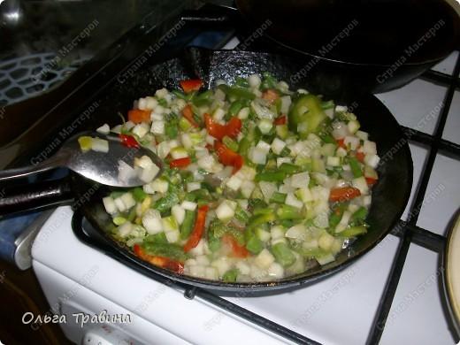 Дочке на 8 марта подарили набор для японской еды. Вот и решили мы сегодня эту посуду обновить. Готовили суп мисо первый раз, но вроде неплохо получилось, кстати готовиться быстро. фото 5