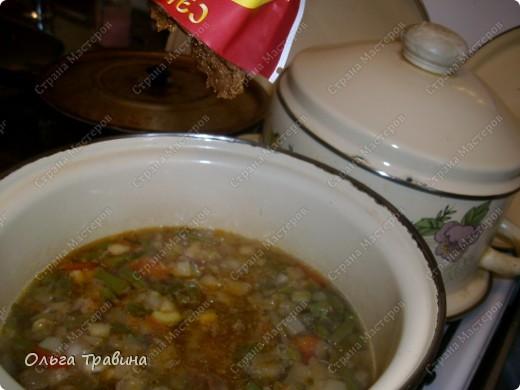 Дочке на 8 марта подарили набор для японской еды. Вот и решили мы сегодня эту посуду обновить. Готовили суп мисо первый раз, но вроде неплохо получилось, кстати готовиться быстро. фото 11