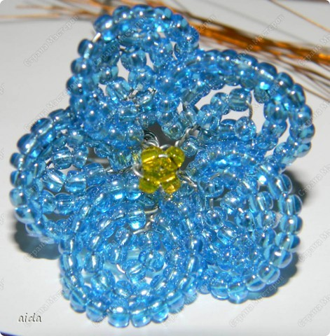 Бисероплетение Цветок