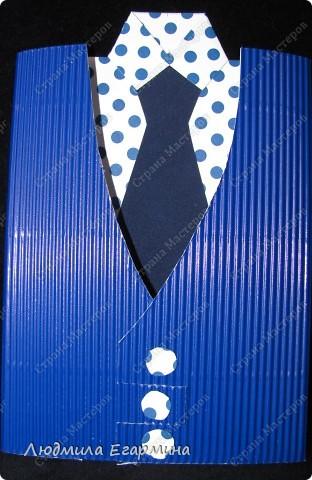 Много таких мужских открыток появилось в Стране Мастеров благодаря Татьяне Просняковой http://stranamasterov.ru/technics/business_postcard.html. Я решила поэкспериментировать с материалом. Тем более, что срочно понадобились две открытки для молодых людей. фото 4