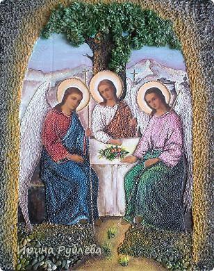 Семейные или родовые иконы - это давняя христианская традиция. Они передавались и оберегались поколениями, как знак  духовного единства семьи. Ими благословляли отправляющихся на войну солдат и новорожденных младенцев, перед ними молились о здравии родных и о семейном благополучии, совершали совместную (соборную) молитву. Образ Св. Киприяна и Устиньи. Считается оберегом семьи. Размещают напртив входной двери.  фото 7