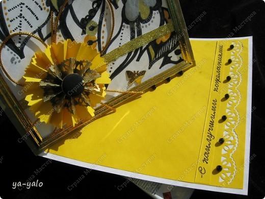 """Дорогие мастерицы и мастера! Вот ещё одна интересная и эффектная форма открытки. Когда я сделала открытку-стойку """"УГОЛОК"""", у меня возникла мысль приклеить на этот уголок-треугольник квадрат, для увеличения площади, которую можно украсить. Но вот вчера вечером наткнуласьь именно на такую открытку в блоге у ЮЛЕНЫ http://www.liveinternet.ru/users/urlena/post155120629/ Там есть ссылка на МК http://stempeleinmaleins.blogspot.com/2011/03/twisted-easel-karte.html фото 8"""
