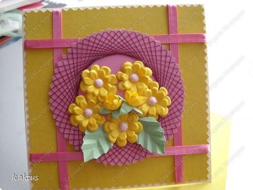 Очарована открыточками Оли   http://stranamasterov.ru/node/175370    - стоечки, пюпитр. Да и цветочки надо пристраивать. Вот получилась такая открытка. фото 5