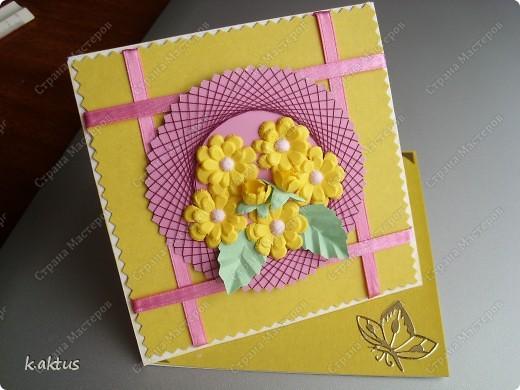 Очарована открыточками Оли   http://stranamasterov.ru/node/175370    - стоечки, пюпитр. Да и цветочки надо пристраивать. Вот получилась такая открытка. фото 2