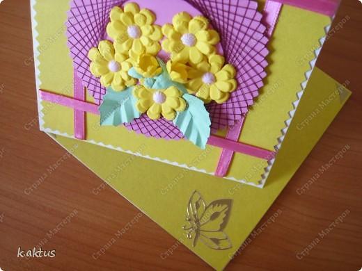 Очарована открыточками Оли   http://stranamasterov.ru/node/175370    - стоечки, пюпитр. Да и цветочки надо пристраивать. Вот получилась такая открытка. фото 6