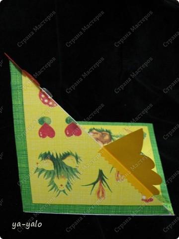 """У меня снова получилась детская и ОЧЕНЬ ПРОСТАЯ!!! открытка. За основу взята форма открытки-стойки """"УГОЛОК"""". Я уже делала две открытки с такой основой фото 9"""