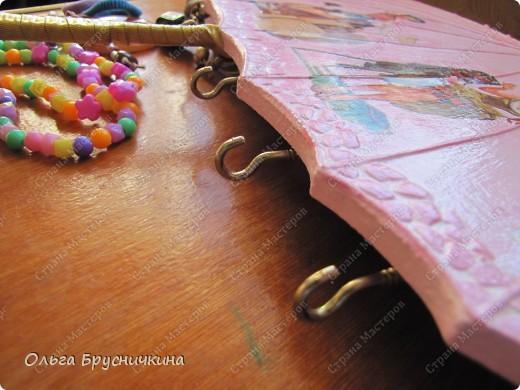 Сестре понадобилась ключница.Я,как обычно,люблю чтобы форма у ключницы была необычной.Например- зонт. фото 20