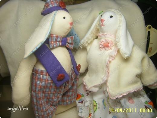 вот такие славные у меня получились зайчата, они сразу полюбили друг друга, а я их :) фото 1