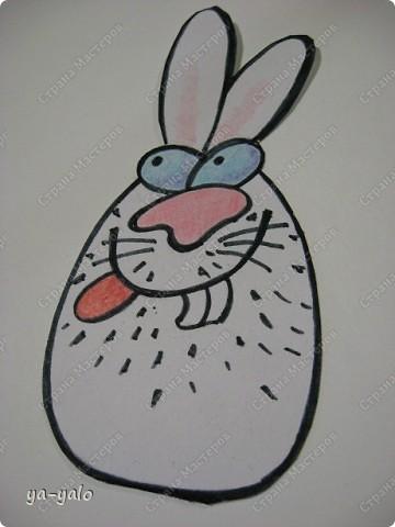 Из яиц вылупляются не только цыплята))))) Идея пришла из детской игрушки-яйца, которое, полежав в воде, трескается, и все ждут, кто же из него покажется... (цыпленок?.... нет... змея?..... нет?  ооооо! крокодил) Вот и мне захотелось, чтобы вы затаили дыхание... и улыбнулись, глядя на того, кто вылупися из яйца  Итак,  кто же вылупится из этого очень странного яйца? фото 8