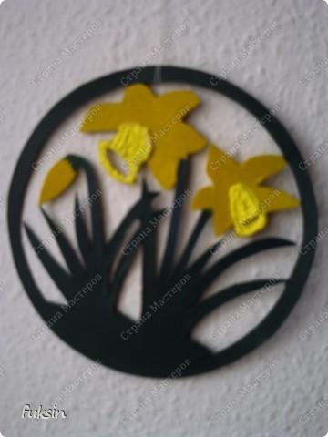 это украшение на окно или дверь,поделка с детьми из бросового материала фото 2