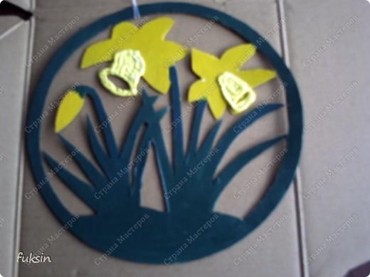 это украшение на окно или дверь,поделка с детьми из бросового материала фото 6