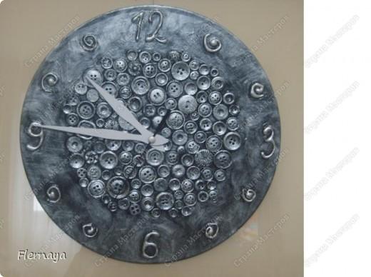 Часы, пока без стрелок. Не терпится  похвастаться, вот и выложила. А стрелки будут, конечно. :) фото 3