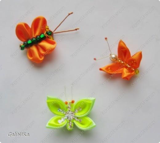 Всем! Доброго здравия!    Сегодня  расскажу о том, как я делаю бабочек, используя ленточки.    Для начала о бабочках из капроновых лент (давно обещанный мастер-класс тем, кому понравилась моя первая бабочка).   фото 17