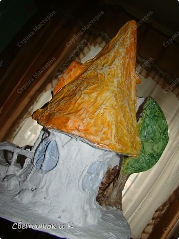 Вот такой домик можно сделать практически из мусора) Итак приступим))) фото 9