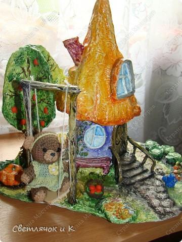 Вот такой домик можно сделать практически из мусора) Итак приступим))) фото 14